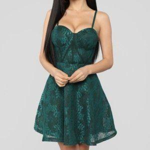 Hunter Green Lace Dress Fashion Nova NWT M